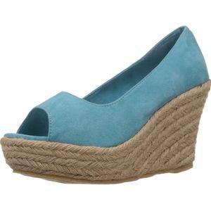 Faux suede wedges sandals